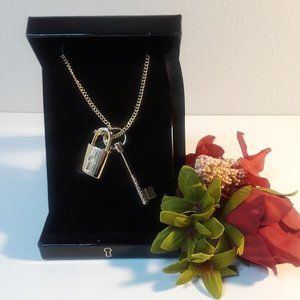 Victoria's Secret Gold Lock & Key Chain Necklace